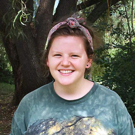 Headshot of Elizabeth Hill